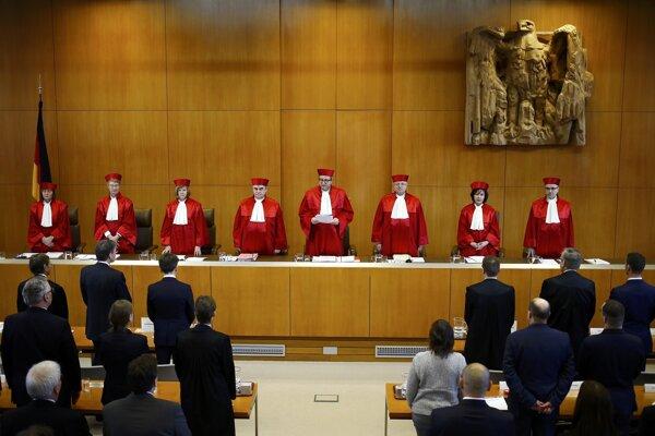 Nemecký ústavný súd má pochybnosti, či mu ECB neklame.