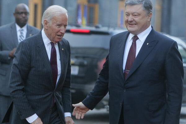 Porošenko na stretnutí so súčasným viceprezidentom Joeom Bidenom.