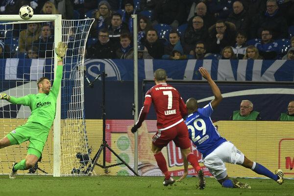 Schalke zdolalo Ingolstadt gólom z nadstaveného času.
