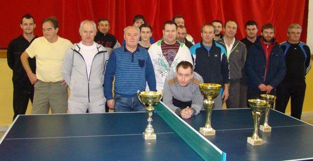 Spoločná fotka účastníkov turnaja.