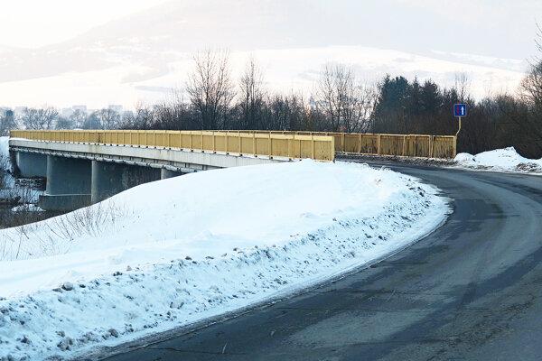 Most ponad Oravu je pre Žaškovčanov životne dôležitý.
