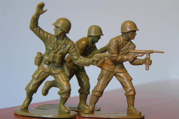 Chlapci sa hrajú na vojačikov. Vyhlásil to včera ku kauze kapitána Danka opozičný poslanec Igor Matovič (OĽaNO).