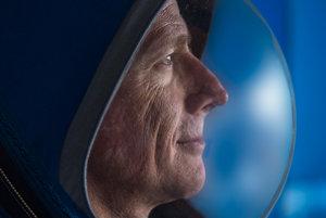 Nová skafander budú pužívať astronauti na ceste na ISS.