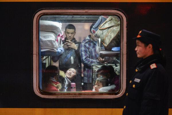 Číňania na ceste domov.