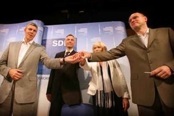 Lídri novej koalície sa pri rokovaniach nevyhli rozporom a nedorozumeniam.