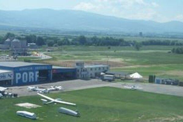 Na prievidzskom letisku skončila generálka na majstrovstvá sveta v bezmotorovom lietaní vetroňov.