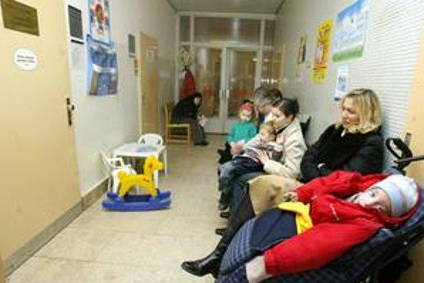 Finančne sú na tom najlepšie lekári na pohotovosti v Bratislave vrátane detskej na Kramároch.