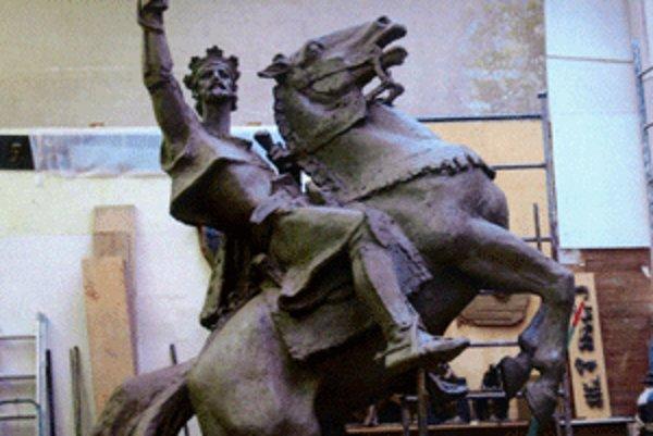 Na sochu kráľa Svätopluka najviac prispeli Hornonitrianske bane.