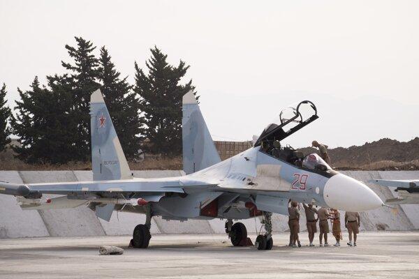 Stíhací stroj Su-30SM.