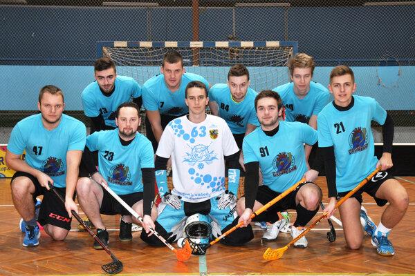 Ašpirantom na titul je aj mužstvo FBC Dream Team.