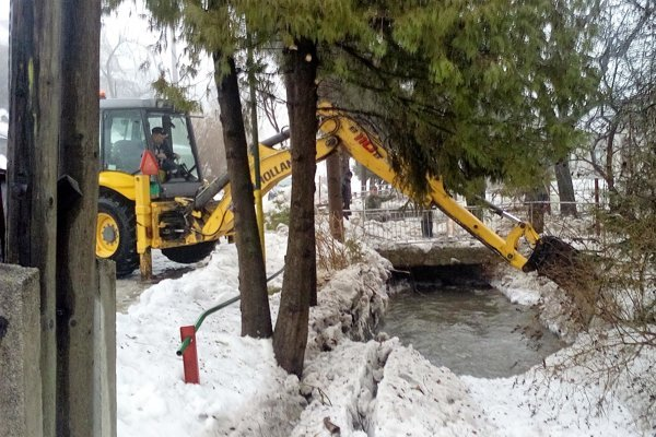 S ľadovými kryhami bojovali ľudia vštyroch obciach vSobranskom okrese – Hlivištiach, Horni, Choňkovciach aBeňatine.