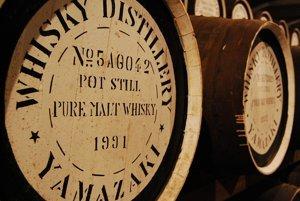Whisky nemusí zrieť v sudoch dlhé roky.