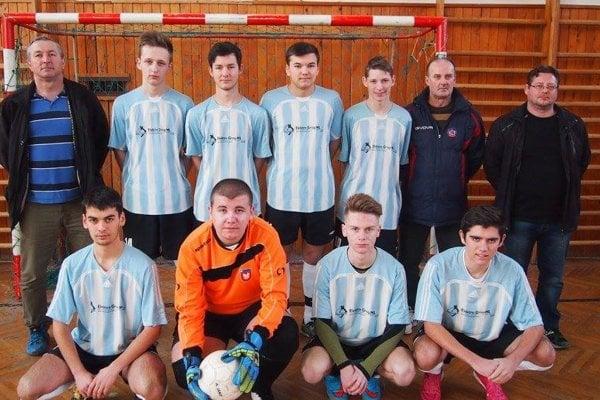Víťazný tím z Trenčianskej Turnej.