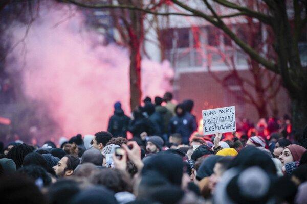 Protesty proti policajnému násiliu vo Francúzsku.