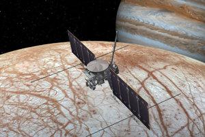 Umelecké zobrazenie sondy, ktorá bude Europu skúmať z obežnej dráhy. Vyštartovať by mala na začiatku dvadsiatych rokov.