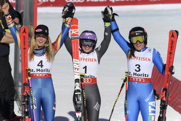 Úspešné medailistky z obrovského slalomu na MS v St. Moritzi.