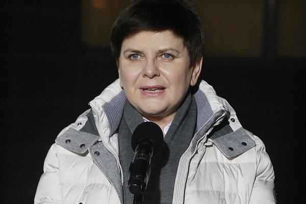 Poľská premiérka Beata Szydlová po prepustení z nemocnice.