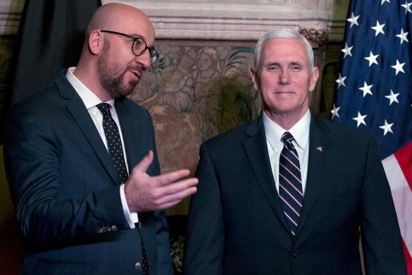 Belgický premiér Charles Michel a viceprezident USA Mike Pence.