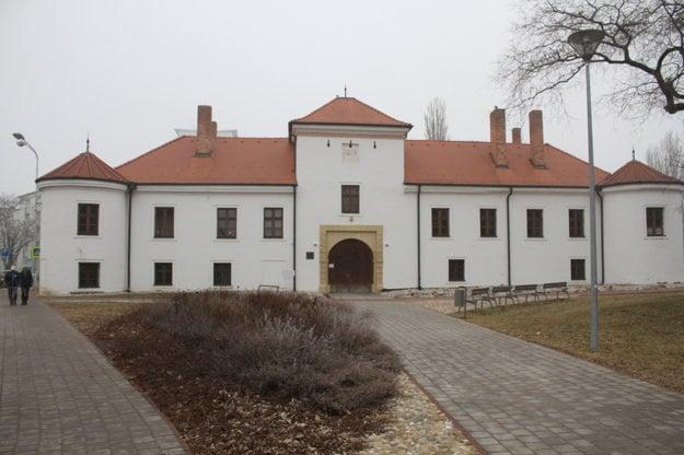 Pamiatka sa nachádza v centrálnej mestskej zóne.