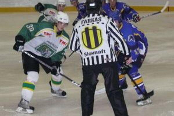 Prievidžania budúci týždeň hrajú dva zápasy na ľade súperov, v piatok v Trebišove a v nedeľu v Brezne.