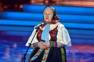 Teta Paluška - Zuzana Gajdošová - skutočná živá tradícia. Blahosklonne súhlasila, že postúpuje do finále.