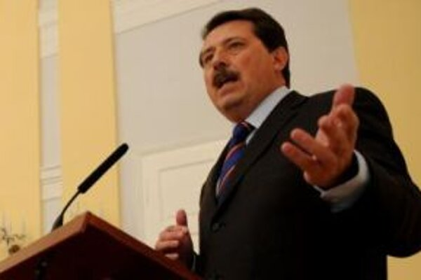 Predseda Národnej rady Pavol Paška.-