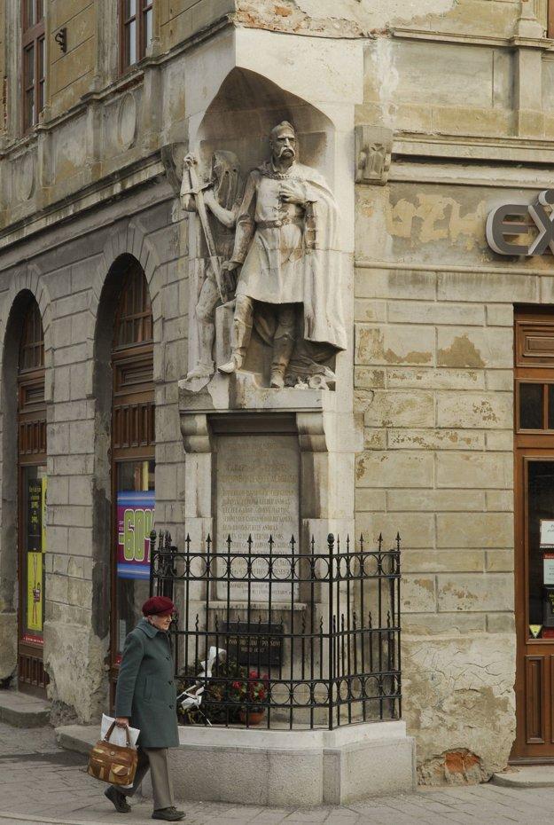 Pri pamätníku protestantských obetí sa modlil pri návšteve Prešova aj katolícky pápež Ján Pavol II.
