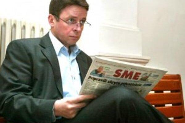 Bývalý podpredseda vlády a minister financií Ivan Mikloš dnes vypovedal pred senátom Špeciálneho súdu v Banskej Bystrici na procese s bývalým generálnym riaditeľom Národnej agentúry pre rozvoj malého a stredného podnikania (NARMSP) Ľudovítom Balcom Prokur