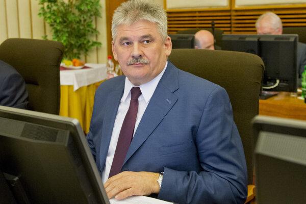 Minister Richter pri Čistom dni nevidí skutočnosti, ktoré by ohrozovali deti.