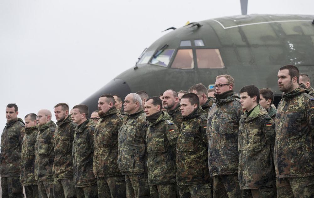 Nemeckí vojaci pred nasadením v Litve.