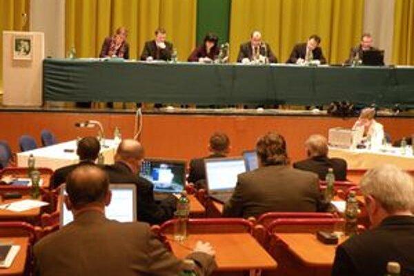 Poslanci Mestského zastupiteľstva v Prievidzi tento rok rokovali poslednýkrát.