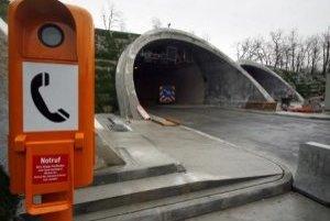 Vjazd do tunela Sitina od Zoologickej záhrady.