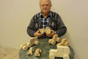 Eugen Menke ajeho ekologické hračky.