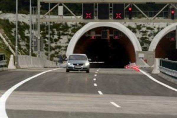 Tunel Sitina bude pre autá prístupný od nedele poobedia.