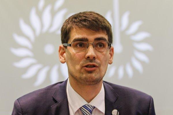 Peter Krajňák.