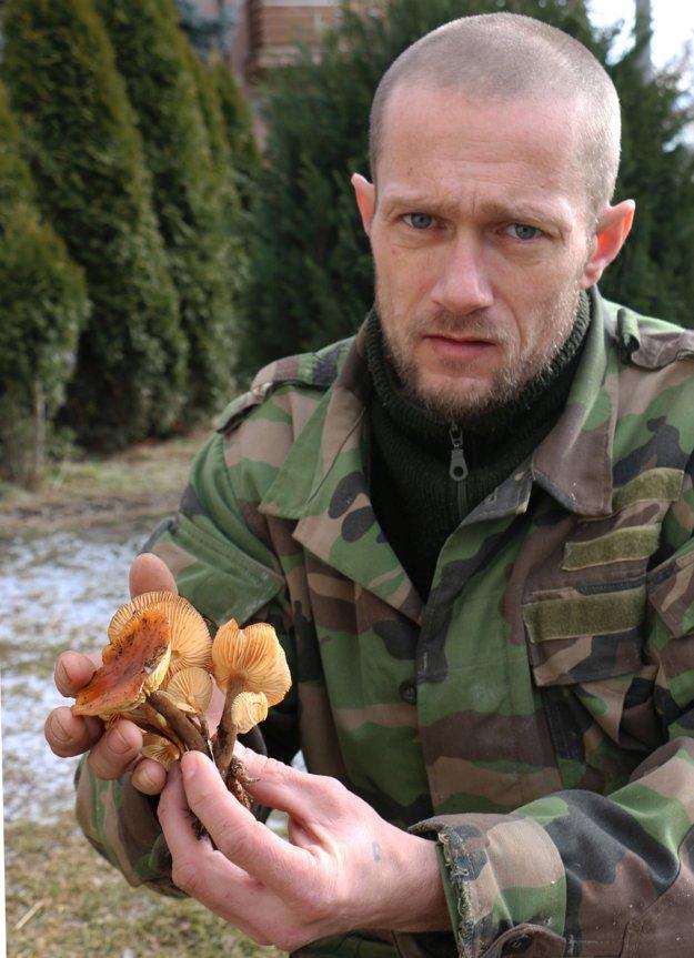 Jozef Vaš s prvým tohoročným úlovkom.