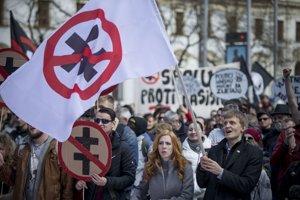 Pochod odporcov fašizmu v Bratislave.