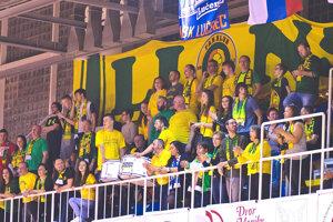 Patriotov prišlo do Lučenca podporiť množstvo fanúšikov.
