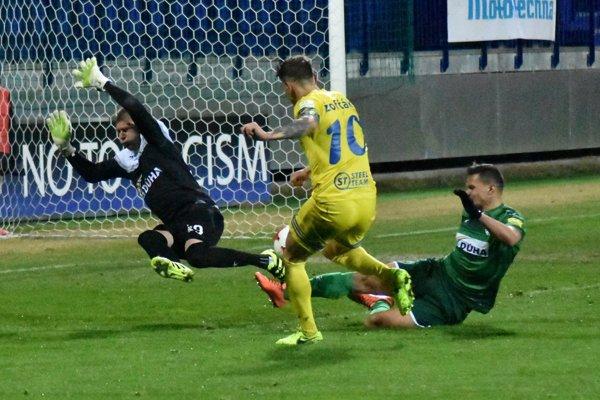 Žofčák posiela Michalovce do vedenia. Prešov však onedlho vyrovnal na konečných 2:2.