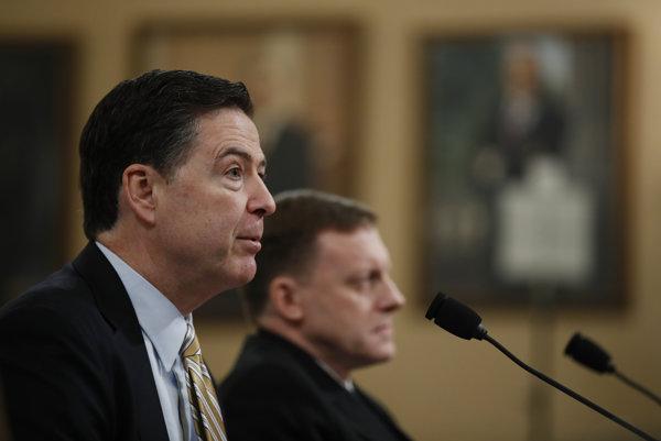 Šéf FBI James Comey.