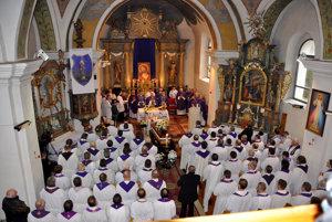 Streda 15. marca, pohrebná sv. omša v Krušetnici. Kňaz Pavol Janáč zomrel v 75. roku života a 51. roku kňazstva.