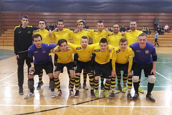 Futsalisti Makroteamu už predsezónny cieľ splnili.