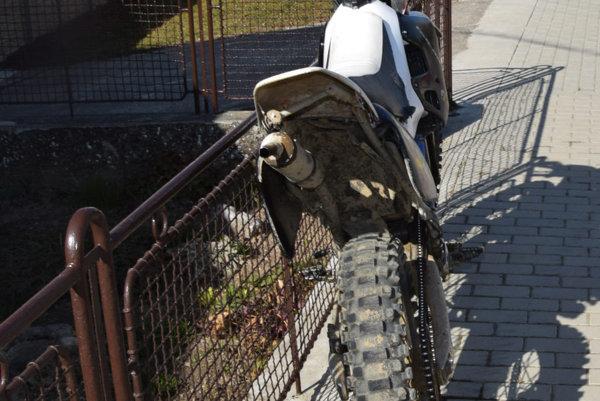 Mladík havaroval na podobnej motorke. Ilustračné foto.