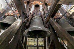 Zvony v katedrálnej veži.