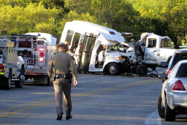 Šofér spôsobil smrť až 13 ľuďom mikrobusu.