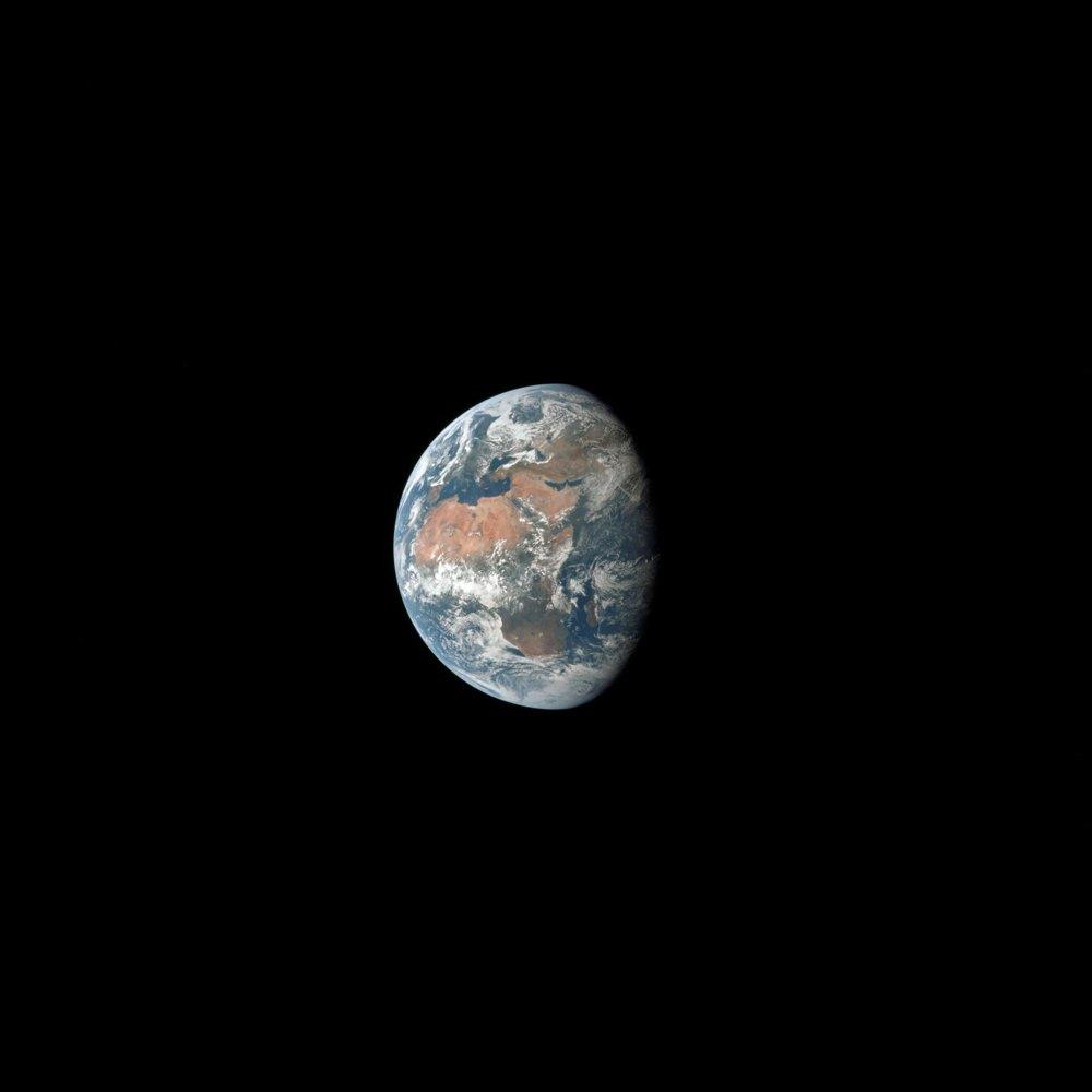 Snímka Zeme z paluby Apolla 11.