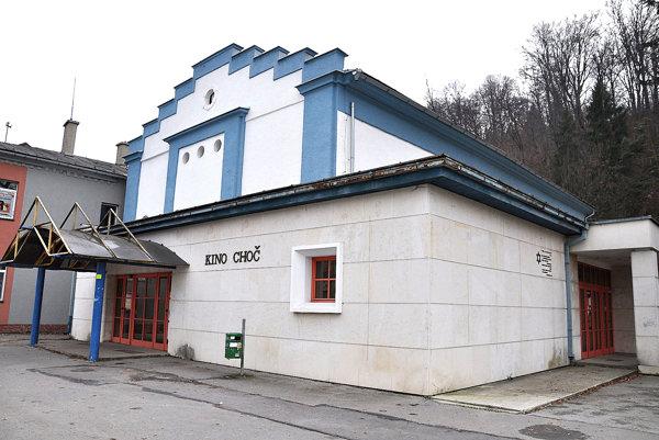 Budovu synagógy treba najskôr opraviť.