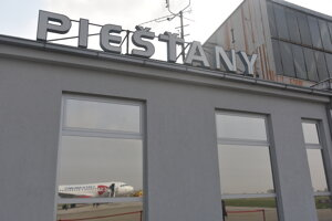 Letisko v Piešťanoch bolo cieľom letu z Prahy.