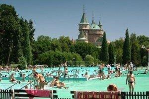 Mesto Bojnice nie je majoritným vlastníkom kúpaliska Čajka.