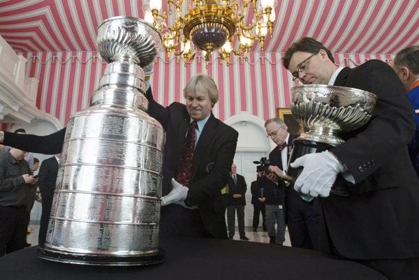 O Stanley Cup zabojuje už iba šestnásť tímov.